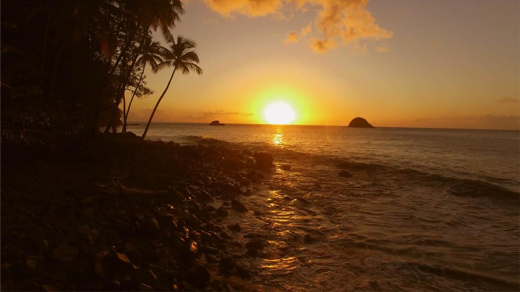 martinique-coucher-soleil-plage-film-leo-meslet
